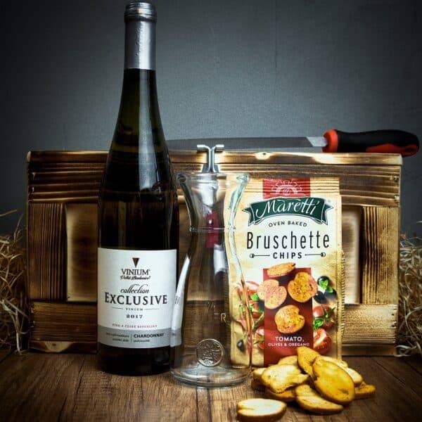 Truhla s vínem Chardonnay
