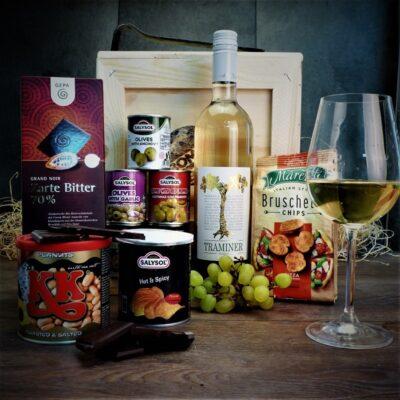 Bedna s bílým vínem Traminer Vineco